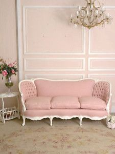 clawfoot couch cute | room will have a cute couch like this! :) Dreams Bedrooms, Pink Sofa ...