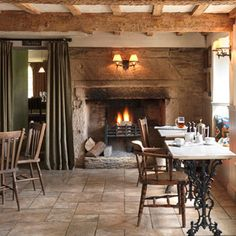The Potting Shed Pub, Malmesbury, Wiltshire - British Dining Pub with great beers on tap, concise wine list and fantastic food. Pub Design, Cafe Restaurant, Restaurant Design, Modern Restaurant, Cafe Bar, Pub Interior, Interior Design, Cosy Interior, Basement Home Office