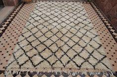 Beyond Marrakech: Beni Ouarain Carpet Boutique - family room? Marrakech, Bohemian Rug, Family Room, Carpet, Boutique, Rugs, Home Decor, Farmhouse Rugs, Decoration Home