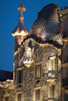 Gaudí :: Casa Batlló, BCN [by Rob Shenk]