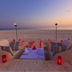 Perfect place for dinner! #beach #dinner #vacay #vacation #luxury #luxurylife #luxuryhomes #luxurylifestyle #follow #tagsforlike #tagsforlikes  #romantic #sand #instagood #inspiration #motivation