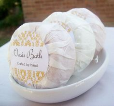 Tissue-Wrapped Soap Great idea for handmade soaps. Wrap in tissue paper and seal with a beautiful round soap label. Tissue-Wrapped Soap Great idea for handmade soaps. Wrap in tissue paper and seal with a beautiful round soap label. Handmade Soap Packaging, Handmade Soaps, Plastic Packaging, Soap Packing, Soap Labels, Soap Display, Soap Making Supplies, Glycerin Soap, Castile Soap