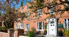 Book direct to get the best rates for our hotel in Stratford-upon-Avon, featuring luxurious rooms, fine dining and more. Bristol City Centre, Bistro Food, Roll Top Bath, Stratford Upon Avon, Private Dining Room, French Bistro, Al Fresco Dining, Townhouse, England
