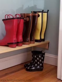 Under The Table and Dreaming: How to Build an Easy Shoe Shelf for Your Closet {Closet Organization}