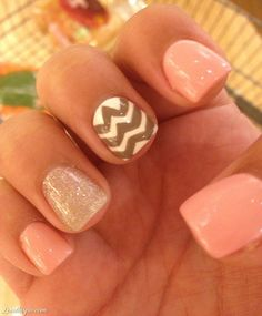 22 Beautiful Summer Nail Designs
