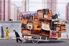 1 | Look At These Chinese Workers Carrying Mind-Blowing Amounts Of Stuff | Co.Exist: World changing ideas and innovation