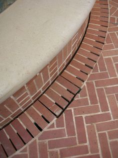 Drainage Detail with Brick - McDugald-Steele ::: landscape, drainage French Drain Installation, Drainage Installation, Backyard Drainage, Landscape Drainage, Driveway Drain, Drainage Solutions, Drainage Ideas, Mountain Dream Homes, Trench Drain
