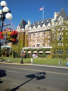 The Empress, Victoria Canada: Highlights of Victoria including afternoon tea at Butchart Gardens.