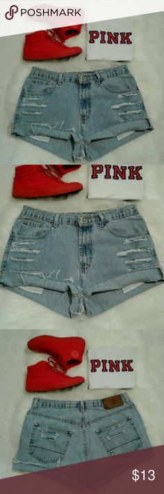 """🔴Get the Look🔴Boyfriend Distress Jean Shorts 🔴Get the Look🔴 Excellent rebuild condition  Shorts have been cut, Frayed & Distressed 5 pockets-zip up fly-button closure 100% cotton Waist: 16.5"""" (relaxed flat) Length: 12"""" (folded) 13"""" (frayed) Front Rise: 11.5"""" Wear 2 Different Ways Folded or FRAYED for 2 Looks Nautica Shorts Jean Shorts"""
