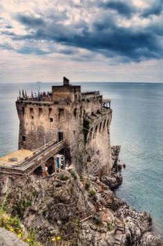 Old Tower (Amalfi Coast )