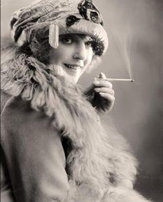 Swedish Actress Sigrid/Signe Holmquist  c.1920