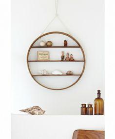 Circle shelf (three shelves) - hardtofind.