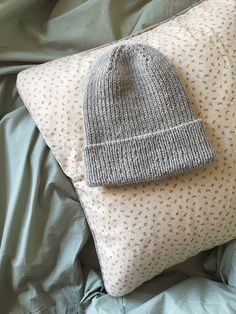 Beanie No. 2 – MY FAVOURITE THINGS • KNITWEAR