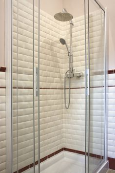 #ceramic tile #bathroom wall #white wall # bone wall #bathroom details #old style bathroom #bordeaux finish #vintage interior design #soft wall #bone wall #brick tiles #brick lovers #brick design #trapunta #old style tiles #liberty bathroom #modern style bathroom #bricks shower #white shower #bone shower
