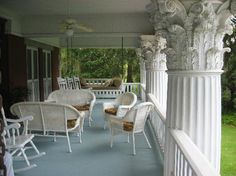 Herlong Mansion Bed and Breakfast Inn: The upstairs porch