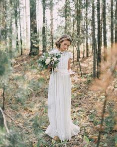 Perfect wedding dress in warm white. The top and bottom of the skirt are trimmed with lace. Translucent at the top, skirt with lining. Country Wedding Dresses, Wedding Dresses For Sale, Elegant Wedding Dress, Modest Wedding Dresses, Perfect Wedding Dress, Bridal Dresses, Wedding Gowns, Hair Wedding, Vestidos Vintage