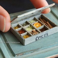 Miniature spices box, handmade woodworking♡ ♡