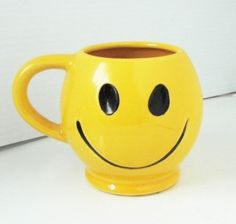 Vintage 1970s McCoy Happy Face Mug