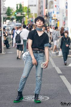 Harajuku Male Model in Denim Street Style w/ Levi's, Kenzo x H&M, Comme des Garcons & Off-White Source by eladahelena clothes fashion male Tokyo Fashion, Japan Street Fashion, Fashion Male, Korean Fashion Trends, Korean Street Fashion, Harajuku Fashion, Fashion Models, Mens Fashion, Fashion Edgy