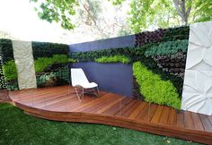 Tight on space? Unsightly fence or bare expanse of wall? Maybe a vertical garden is the answer. Increasingly popular in commercial developments, they're also fantastic for residential use. Several systems are available for the Australian home gardener.