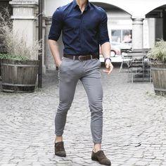 Business casual men - Appropriate Corporate Suit Attire for Men Indian Men Fashion, Mens Fashion Suits, Men's Fashion, Formal Fashion, Mens Office Fashion, Mens Suits, Fashion Trends, Formal Dresses For Men, Formal Men Outfit