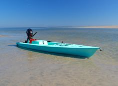 The motorized kayak for fishing that combines an SUP, Kayak, and powered boat in one. Solo Skiff the world leader in motorized fishing kayaks. Windsurfing, Wakeboarding, Kayak Fishing, Fishing Tips, Fishing Stuff, Fishing Boats, Motorized Kayak, Fort Walton Beach, Naval