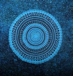 'Weaving Basket' by Raelene Williams Ngala, acrylic on Belgian linen. Gorgeous blue giant circles with every-decreasing inner circles. With some black, pastel-blue & turquoise blue mottled bluey-black background. Aboriginal Painting, Aboriginal Artists, Aboriginal People, Indigenous Australian Art, Indigenous Art, Aboriginal Patterns, Sand Painting, Mosaic Patterns, Heart Art