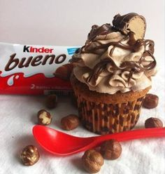 Kinder bueno cupcakes η απόλυτη απόλαυση σε μια μπουκιά! - Xmas Life
