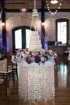 A Wedding Planners Rustic, Romantic Texas Wedding, Hanging Cake Display Wedding Cake Stands, Elegant Wedding Cakes, Wedding Table, Our Wedding, Bling Wedding, Cake Wedding, Cake Table Decorations, Diy Wedding Decorations, Chandelier Cake