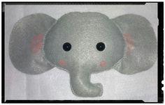 Elefante de feltro para decoração de festa by Cath Craft. Encomendas: www.facebook.com/cathcraft1