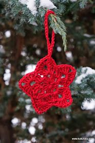 Pokud umíte háčkovat, měla by pro Vás být výroba vánoční hvězdy hračkou.