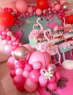 There are many ideas for your baby birthday party, balloon decorations are popular in such parties. Flamingo Party, Flamingo Baby Shower, Flamingo Birthday, Birthday Balloon Decorations, Party Decoration, Birthday Balloons, Birthday Table, Baby Birthday, 1st Birthday Parties