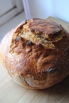 Terveen Hyvää: Taivaallisen rapeakuorinen vaiva(ama)ton täysjyväleipä aka päivän hauistreeni Bread Recipes, Cake Recipes, Cooking Recipes, Good Food, Yummy Food, Sweet And Salty, No Bake Desserts, Bread Baking, Food Inspiration