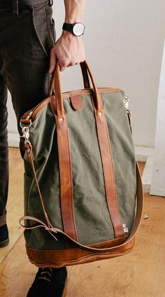 Canvas Tote handle and strap detail