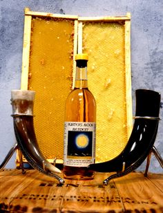 Our Lunar Lemon Mead with Drinking horns from Norway and our Honeycomb frames