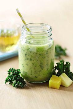 Mango, Pineapple and Kale Smoothie anyone? Pineapple Kale Smoothie, Green Smoothie Recipes, Strawberry Smoothie, Healthy Smoothies, Green Smoothies, Aldi Recipes, Healthy Recipes, Healthy Dinners, Drink Recipes
