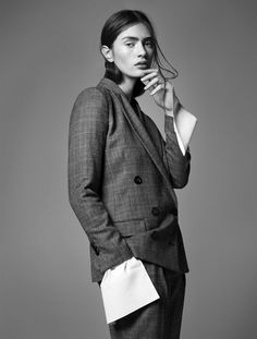 Styleby-magazine-editorial-new-suit-silhouettes-styled-by-Alexandra-Carl-desmitten
