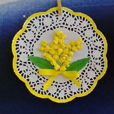10 Crafts and Ideas for Women's Day: March 8 in joy and creativity Paper Doily Crafts, Doilies Crafts, Flower Crafts, Spring Crafts For Kids, Art For Kids, Kids Crafts, Diy And Crafts, Crochet Snowflake Pattern, Diy Ostern
