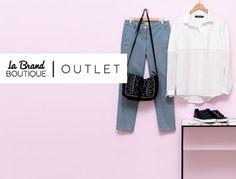 Bei La Redoute kannst du vom grossen La Brand Boutique Marken Outlet profitieren und trendige Artikel der besten Marken bis zu 50% reduziert kaufen.  Bestelle hier deine Kleidung: http://www.onlinemode.ch/profitiere-vom-la-brand-boutique-marken-outlet-50-