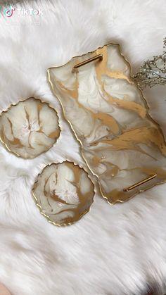 Epoxy Resin Art, Diy Resin Art, Diy Resin Crafts, Paper Crafts, Diy Crafts For Home Decor, Diy Crafts Hacks, Diys, Diy Resin Projects, Art Diy
