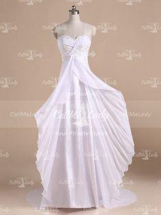 White sweetheart beach wedding dress / destination wedding dresses