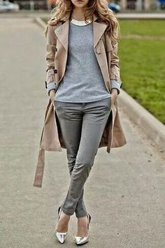 Casual Outfit for Women - Stylish Fashion - Gallery 695 - Stylish . Source by cmdbeautysecret casual outfits Style Désinvolte Chic, Style Casual, Mode Style, Classic Style, Classic Fashion, Modern Fashion, Trendy Fashion, Fashion Trends, Womens Fashion For Work