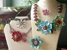Imitating Enamel in Polymer Clay on the Art is You website: fabulous tutorial, these are gorgeous