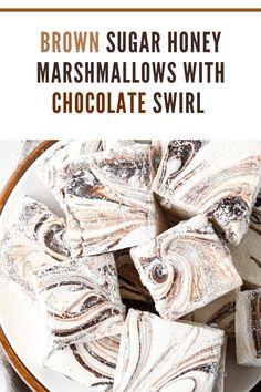 Chocolate Pack, White Chocolate Recipes, Chocolate Swirl, How To Make Chocolate, Melting Chocolate, How To Make Marshmallows, Homemade Marshmallows, Chocolate Marshmallows, Gourmet Marshmallow