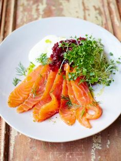 Super-quick salmon gravadlax w/ horseradish sauce & beautiful beets from Jamie Oliver. Mother's Day ideas, from MotorHolme. Salmon Recipes, Fish Recipes, Seafood Recipes, Cooking Recipes, Healthy Recipes, I Love Food, Good Food, Jamie Oliver, Fish Dishes
