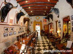Toros, #tapas y solera pura en en tabernabelmonte.com de #Sevilla al lado de la #Catedral