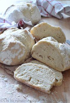 Il pane delle 20 ore di lievitazione Biscuits, Fresh Bread, Bread Baking, I Love Food, Just Desserts, Crackers, Oreo, Food Porn, Breads