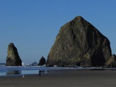 http://esr.cc/12cOxjj The Oregon Coast Highway, a twisty, full day motorcycle route along the Pacific Ocean