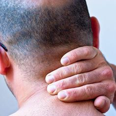 These natural home remedies for stiff neck should be appealing to those people who are putting up with - well - a real pain in the neck! A stiff neck is one Muscle Spasms In Neck, Neck Spasms, Stiff Neck Relief, Stiff Neck Remedies, Stretching Exercises, Natural Home Remedies, Fun Workouts, How To Stay Healthy, Rings For Men