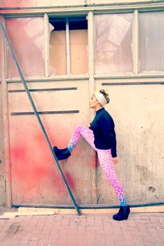 Cool Ombre leggings with printed circles baby pink and hot par Bartinki, $52,00